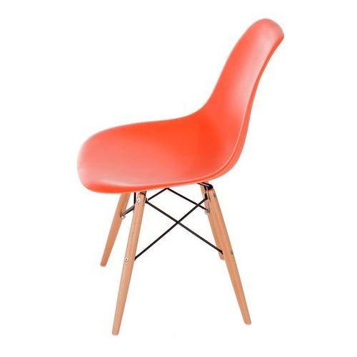 Krzesło p016w pomaranczowe, drewniane nogi marki D2.design