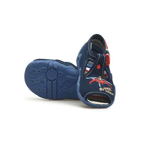 Sandałki dziecięce  217p009 granatowe super hero 18x4 19x4 marki Befado