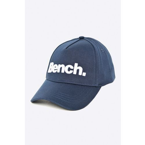 - czapka marki Bench