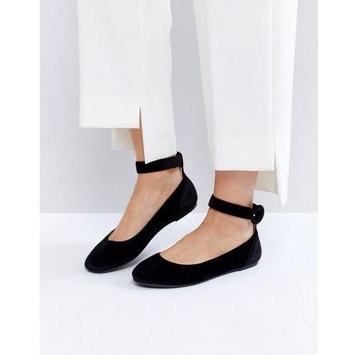 buckle ankle flat ballerina - black marki London rebel
