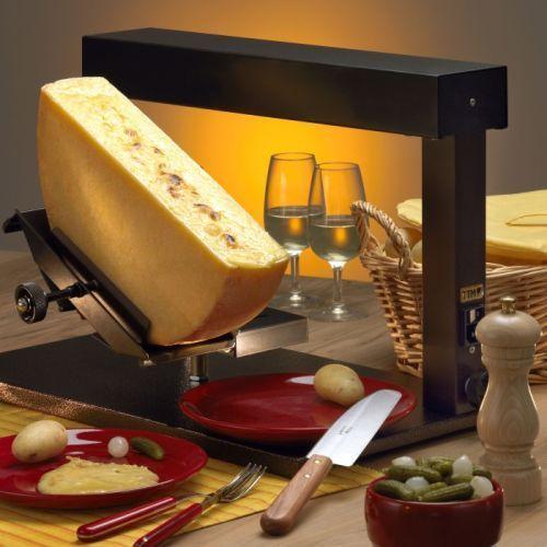 Raclette ambiance firmy ttm - piecyk na 1/2 kręgu sera marki Ttm (switzerland)