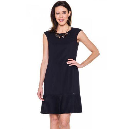 Granatowa sukienka z ozdobnym plisowaniem - Sobora, kolor niebieski