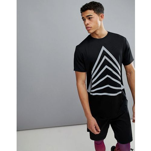 ASOS 4505 longline t-shirt with reflective triangle print in black - Black