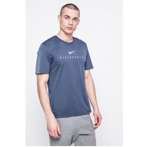 - t-shirt marki Nike