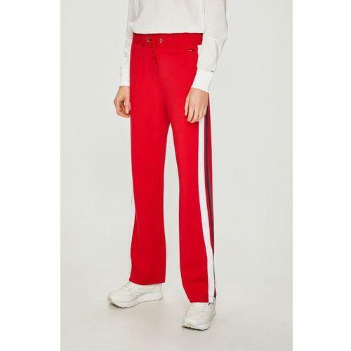 - spodnie marki Tommy jeans