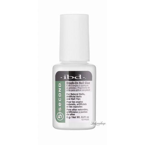 - brush-on nail glue - klej do tipsów z pędzelkiem marki Ibd