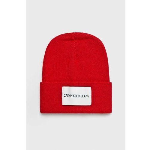 - czapka marki Calvin klein jeans