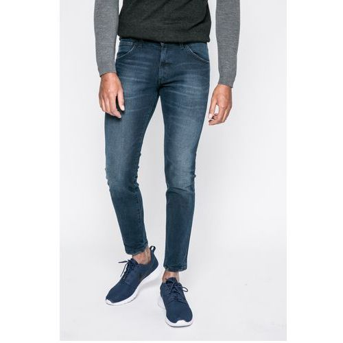 - jeansy fly ball marki Wrangler