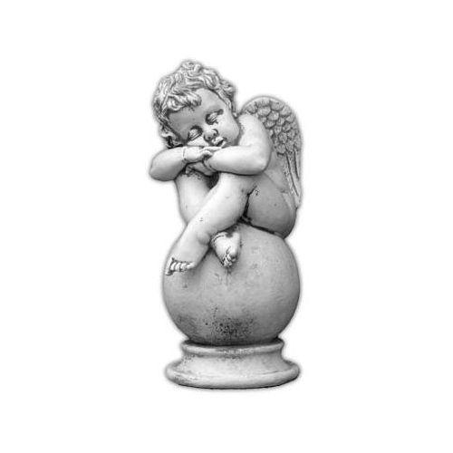 Figura ogrodowa betonowa śpiący aniołek na kuli 42cm