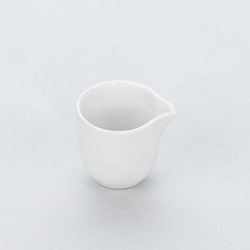 Dzbanuszek porcelanowy na mleko APULIA