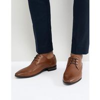 brogue with embossed detail in tan - tan marki New look
