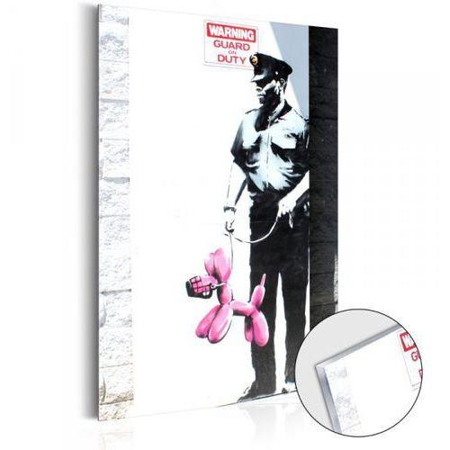 Obraz na szkle akrylowym - Police Guard Pink Balloon Dog by Banksy [Glass]