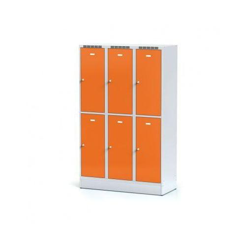Metalowa szafka ubraniowa 6-drzwiowa na cokole, drzwi pomarańczowe, zamek obrotowy marki Alfa 3