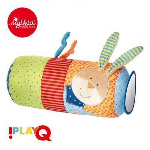 aktywizująca poduszka wałek z lusterkiem, grzechotką i szeleszczącą folią 9m+ playq marki Sigikid