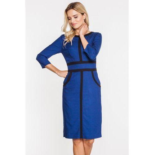 Granatowa sukienka z czarnymi paskami i rękawami 3/4 - Bialcon, kolor niebieski