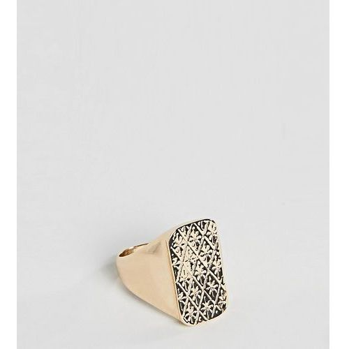 Reclaimed Vintage inspired signet ring in gold exclusive at ASOS - Gold, kolor czerwony