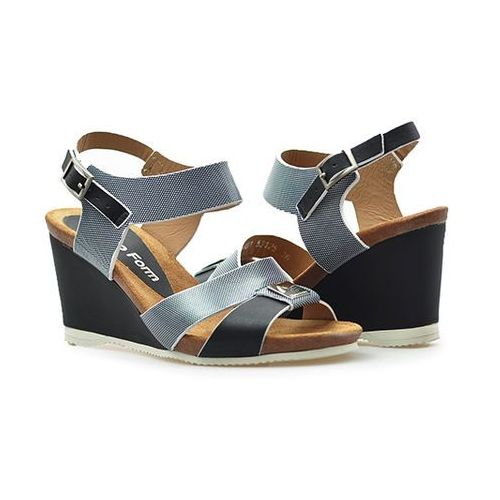 Sandały Nik 07-0204-001 Czarne lico, kolor czarny