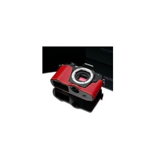 Halfcase z naturalnej skóry w kolorze czerwonym dedykowany do Olympus OM-D E-M10, kolor czerwony