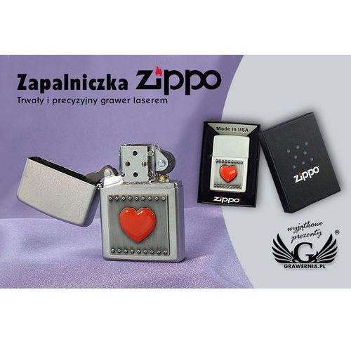 Zapalniczka Zippo Serce Czerwone Satin Chrome