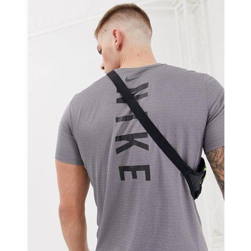 Nike running miler tech t-shirt with back print in purple 928307-036 - purple