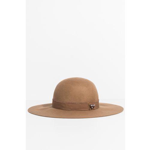 - kapelusz marki Parfois
