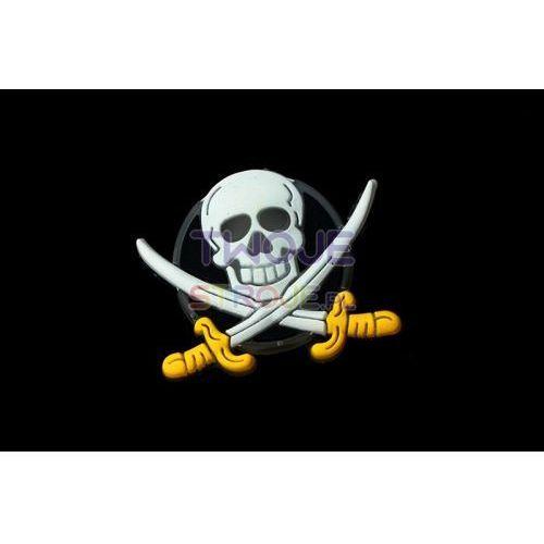 Twojestroje.pl Broszka świecąca pirata ze skrzyżowanymi szablami (5906245370920)