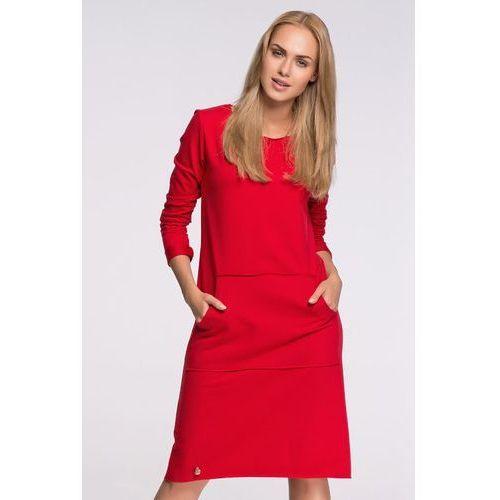 Czerwona Sportowa Sukienka z Kieszenią Kangurką przed Kolano, DM266re