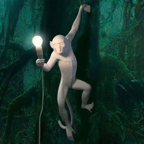 Monkey-kinkiet zewnętrzny małpa zawieszona z abażurem wys.76,5cm marki Seletti