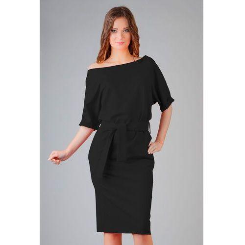 Tessita Czarna dzianinowa prosta sukienka za kolano z wiązanym paskiem