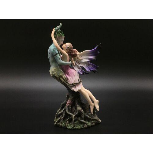 Wróżka całująca elfa drzewca (wu74921ab) marki Veronese