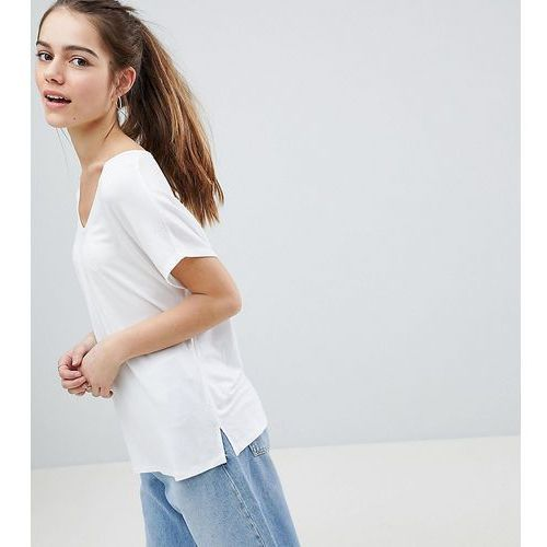 Asos design petite t-shirt with drapey batwing sleeve in white - white, Asos petite