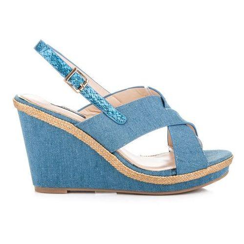 Jeansowe sandałki zapinane na sprzączkę - odcienie niebieskiego marki Vices
