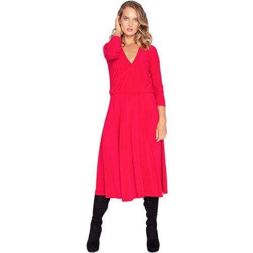e0961a356f Sukienka z dużym dekoltem czerwona