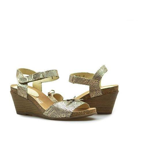 Sandały 181-1202-1-4180 złoty nubuk marki Lesta