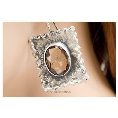 Niepowtarzalne kolczyki z oksydowanego srebra z naturalnym kwarcem dymnym. marki Anka biżuteria