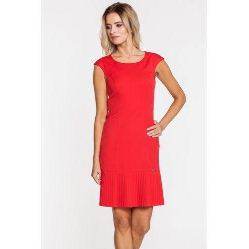 Czerwona sukienka z ozdobnym plisowaniem - marki Sobora
