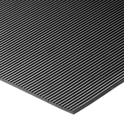 Mata podłogowa, z zamkniętą powierzchnią, na mb, szer. 900 mm, wys. maty 6 mm. D