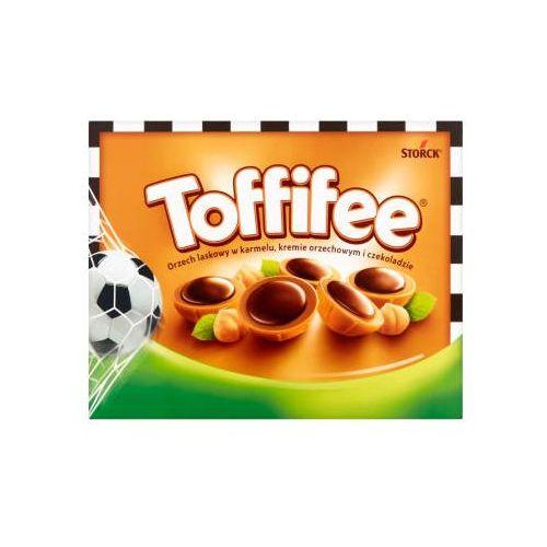 Bombonierka Toffifee Orzechy laskowe w karmelu orzechowym i czekoladzie 250g