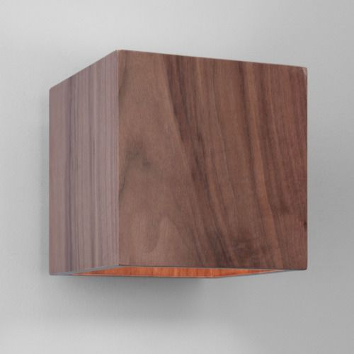 Cremona walnut cube wall light marki Astro