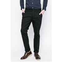 - spodnie marki Lacoste