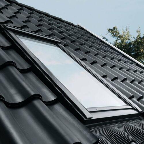 Okno dachowe z kołnierzem gll 1061 sk08 114x140 3-szybowe + kołnierz edz marki Velux