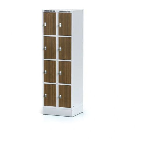 Szafka ubraniowa 8 drzwi 300x300 mm na cokole, drzwi LPW, orzech, zamek obrotowy