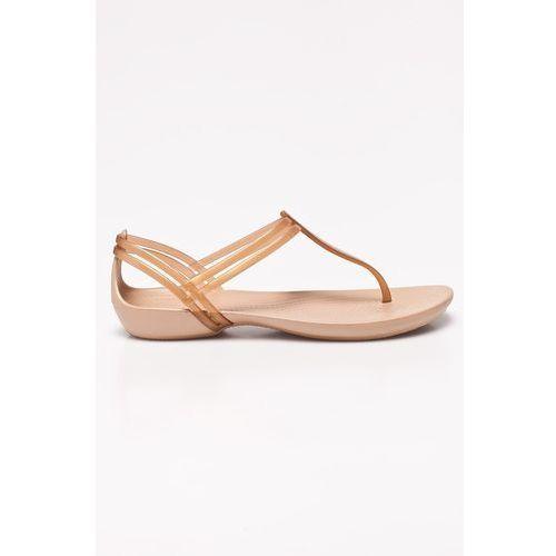 - sandały marki Crocs