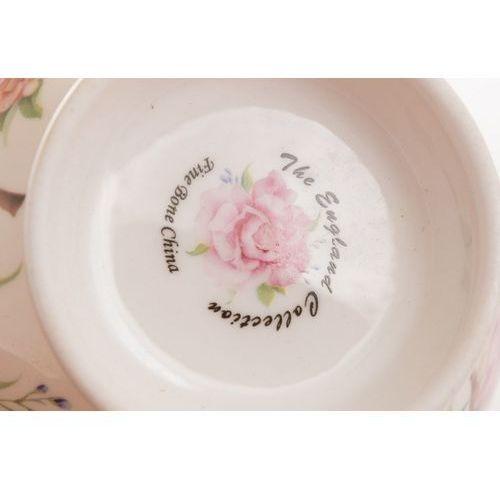 2 filiżanki w pudełku z porcelany róże w pudełku marki Queen isabell