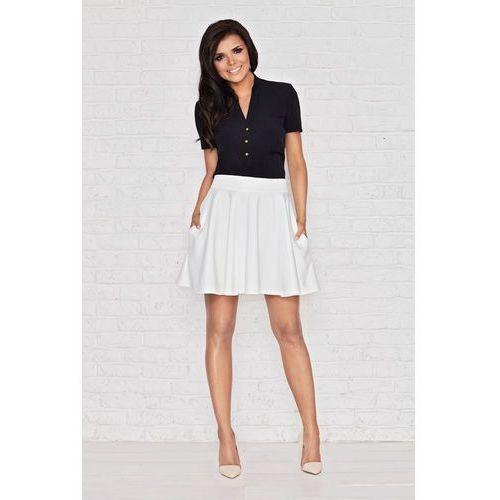 Biała rozkloszowana mini spódnica z kieszeniami marki Infinite you