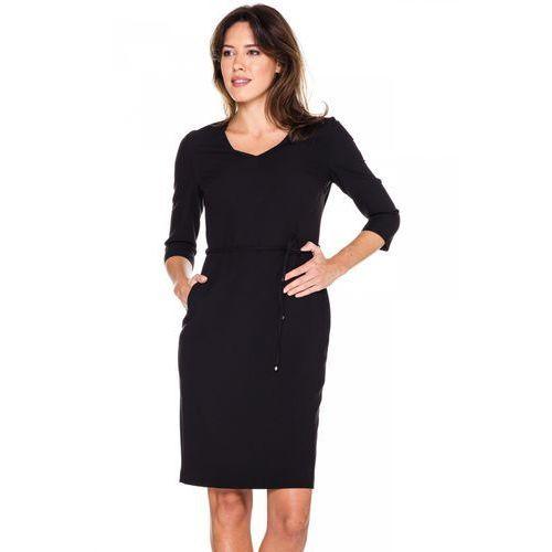 Czarna sukienka z cienkim paskiem - marki Emoi