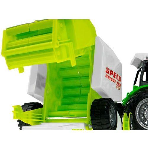 Traktor z prasa kostkujacą 666-106B (5902921968450)