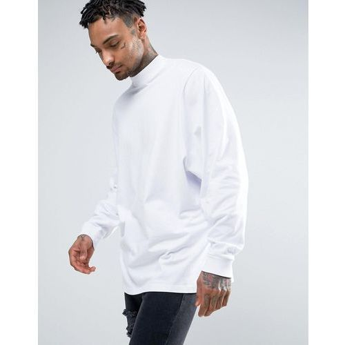 ASOS Oversized Long Sleeve T-Shirt With Extreme Batwing Sleeves In White - White