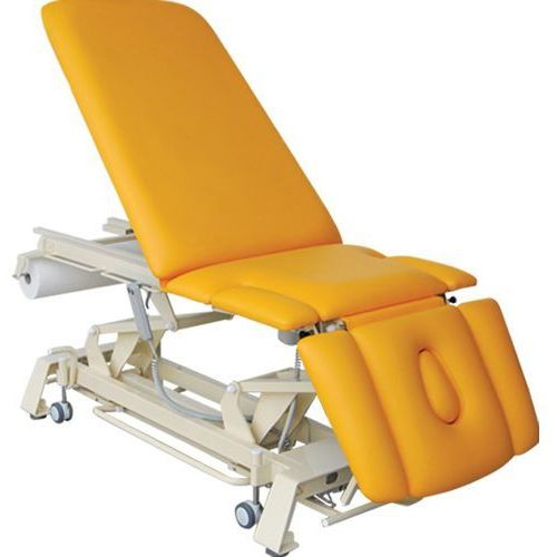 Stół rehabilitacyjny 7 cz. hydrauliczny master pro wyprodukowany przez Bardo-med