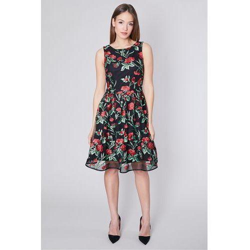 Rozkloszowana sukienka w haftowane kwiaty - Click Fashion, kolor czarny